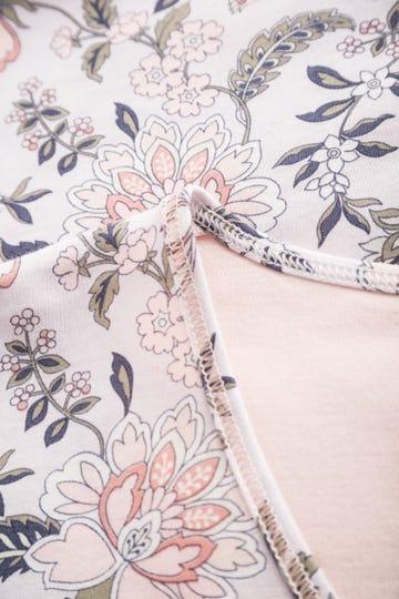 Bigshirt im ornamentalen Blütenprint verspielt 100% Baumwolle